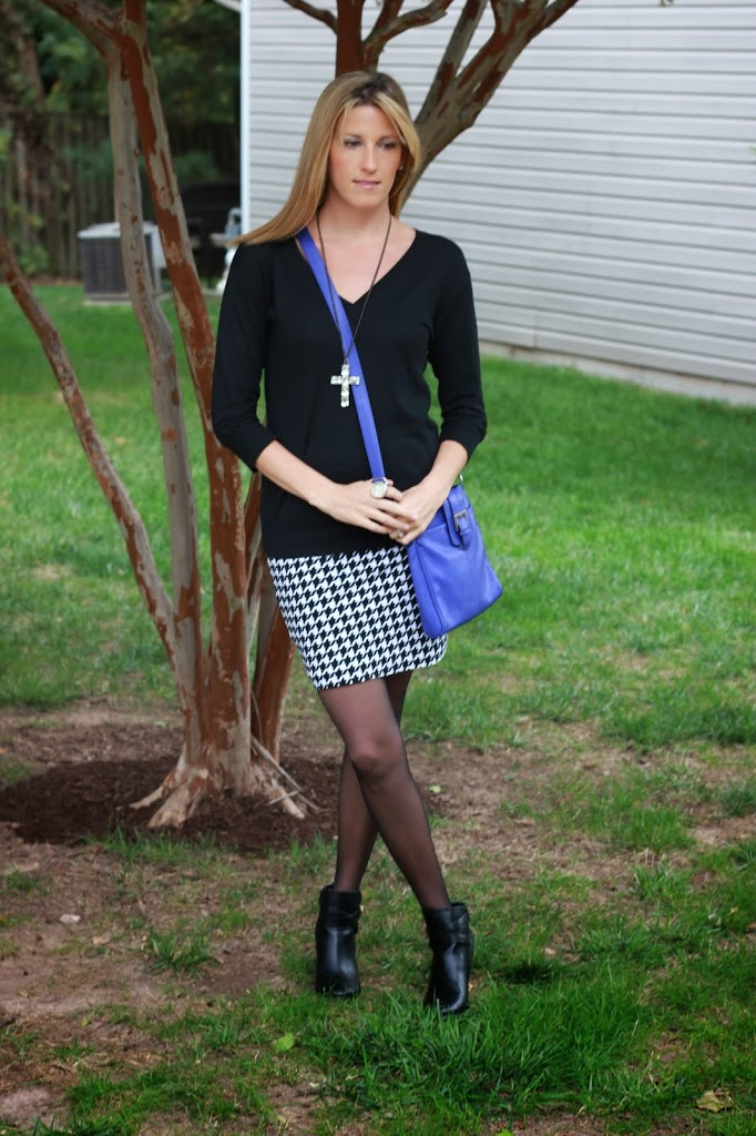 How to wear a houndstooth skirt, tips featured by top LA fashion blogger, Style & Wanderlust