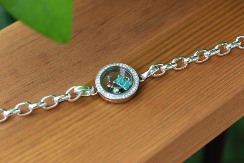 Origami Owl Review & Giveaway