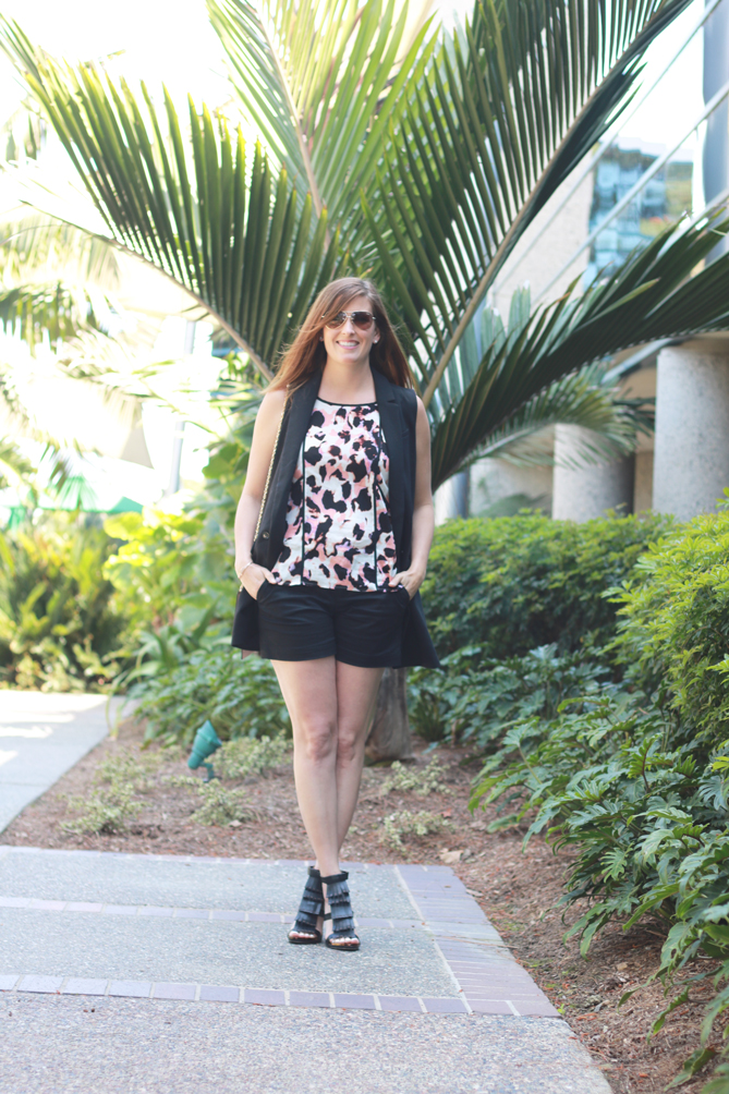 The perfect spring look with a vest and shorts and a printed top. A great look for Sunday brunch.