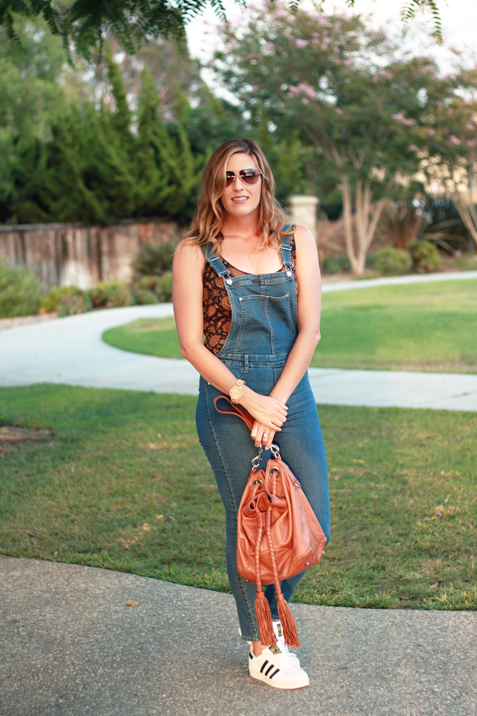 The perfect fall look with denim overalls with a bodysuit. - The Fashionista Momma