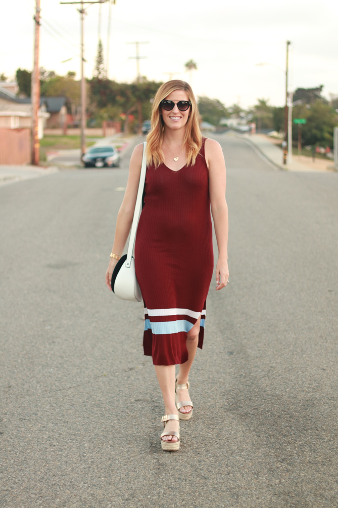 The perfect sweater dress for those few weeks when the weather is changing from summer to fall. - The Fashionista Momma
