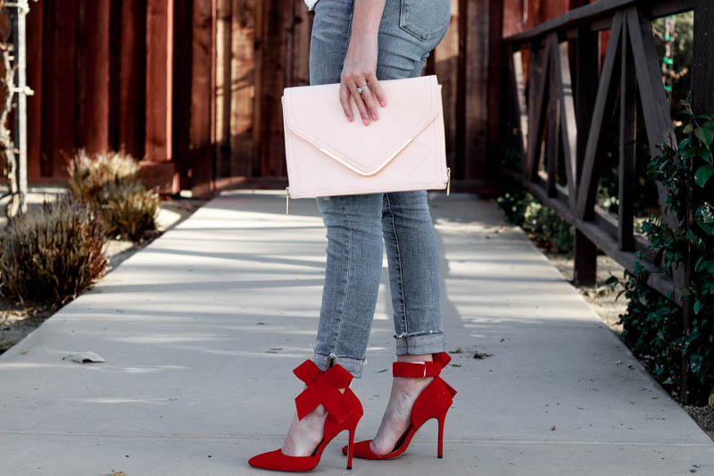 An easy Valentine's outfit for the perfect date night.