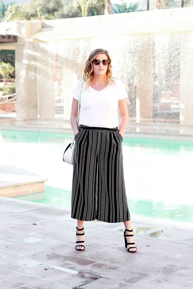 The perfect striped palazzo pants by popular Los Angeles fashion blogger The Fashionista Momma