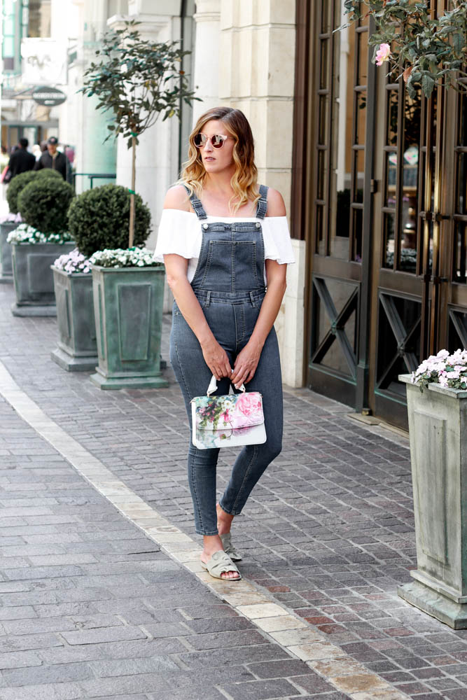 3 Great Ways to Wear Overalls featured by popular Los Angeles fashion blogger, The Fashionista Momma