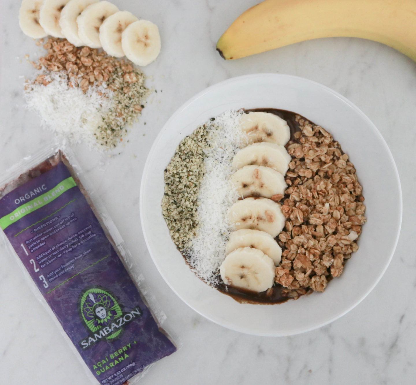 The Perfect Acai Bowl Recipe featured by popular Los Angeles lifestyle blogger, The Fashionista Momma