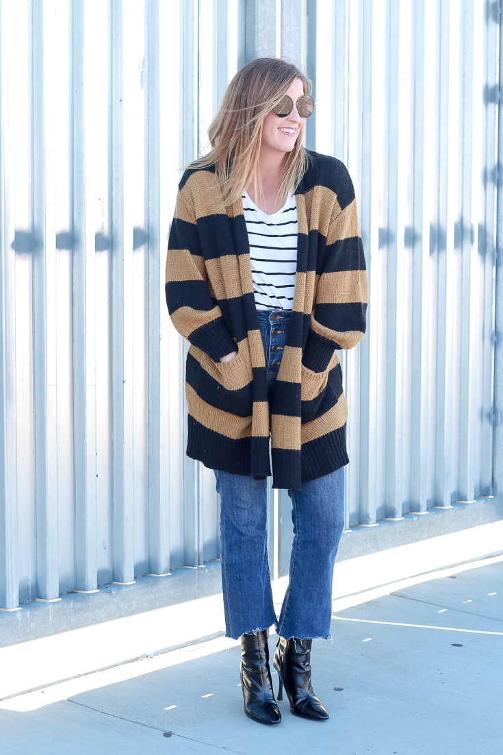 The Fashionista Momma shares three tips to pattern mixing like a pro.