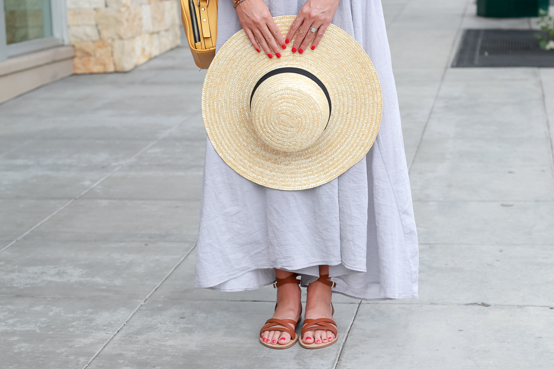 the perfect summer hat and sandals.