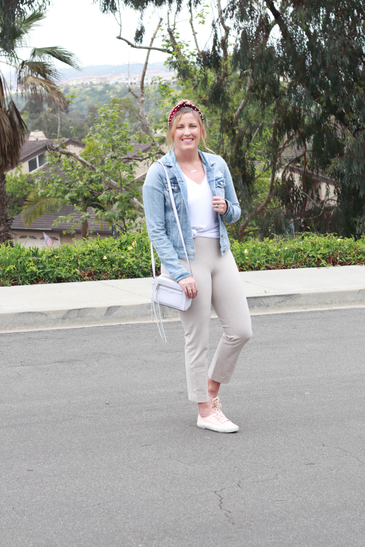 Comfortable Plaid Pants featured by popular US Style Blogger, The Fashionista Momma; woman wearing plaid pants and denim jacket.
