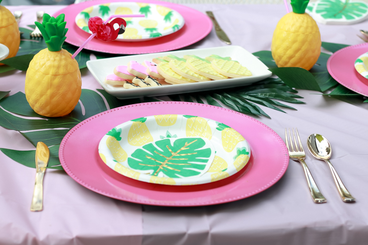 Flamingo Pineapple Party featured by Top US Party Blogger, Style & Wanderlust; flamingo pineapple tablescape.