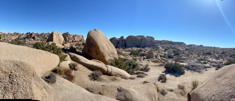 The Ultimate Day Trip To Joshua Tree National Park featured by popular US Travel Blogger, Style & Wanderlust; photo of Jumbo Rocks