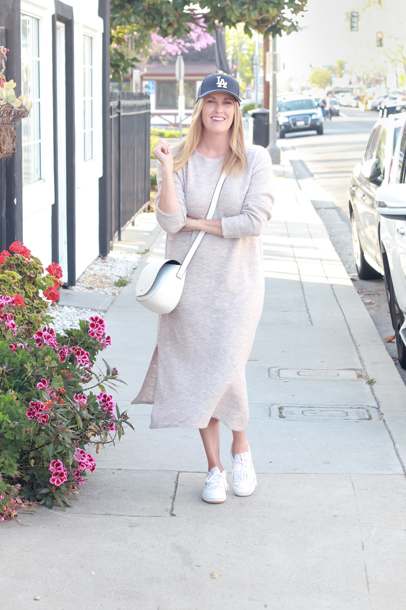 Top US Style Blogger, Style And Wanderlust, shares 5 Tips to Style your Favorite Spring Sweater Dress.